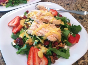 Spinach Salad with Chicken and Strawberries with Honey Mustard Dresssing